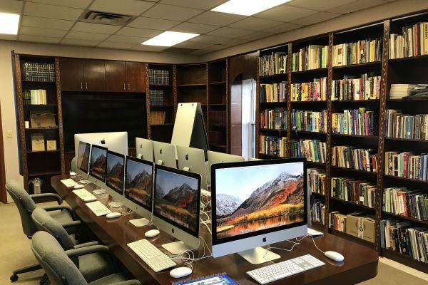 pa-public-library2FCF1208A-B2D0-27E0-0090-0EFEF502BB5D.jpg